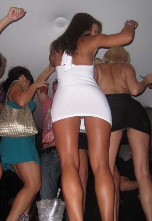 in skirts girls Drunk